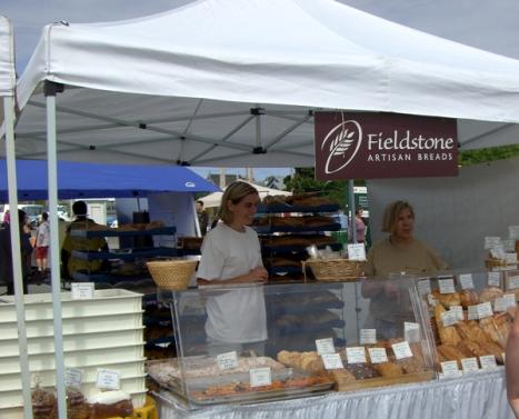 Fieldstone stand